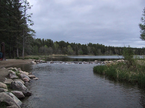 lake-itasca-mississippi-source.jpg